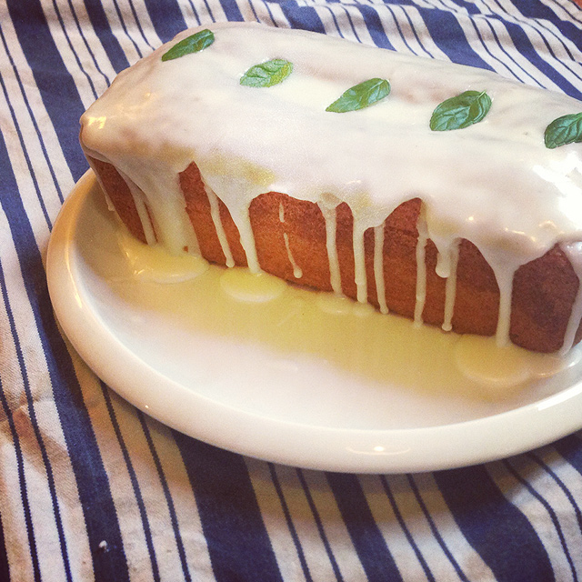 Cider-with-Rosie-Lemon-drizzle-cake