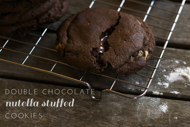Double-chocolate-nutella-stuffed-cookies-11