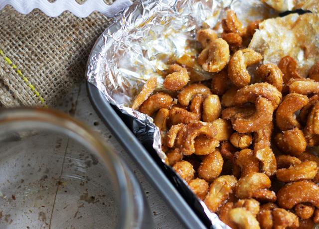 Honey-roasted-cashews