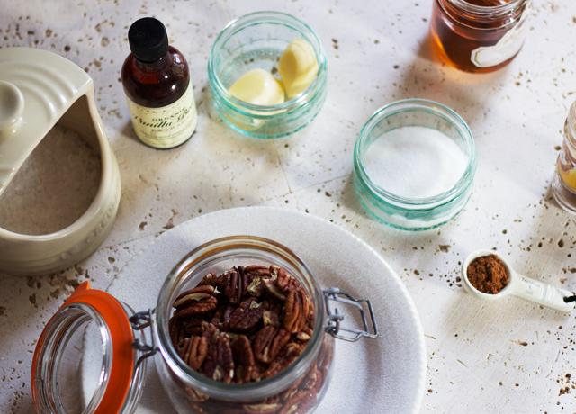 Honey-roasted-pecan-ingredients
