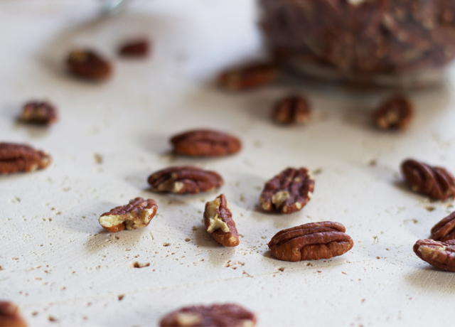 Pecans-ready-for-roasting