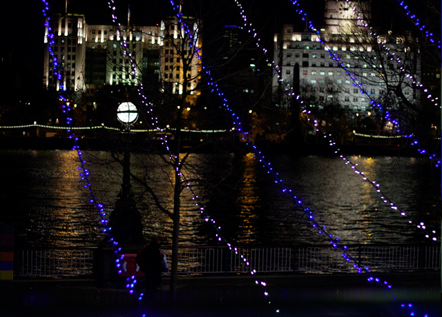 Lights-over-the-Thames
