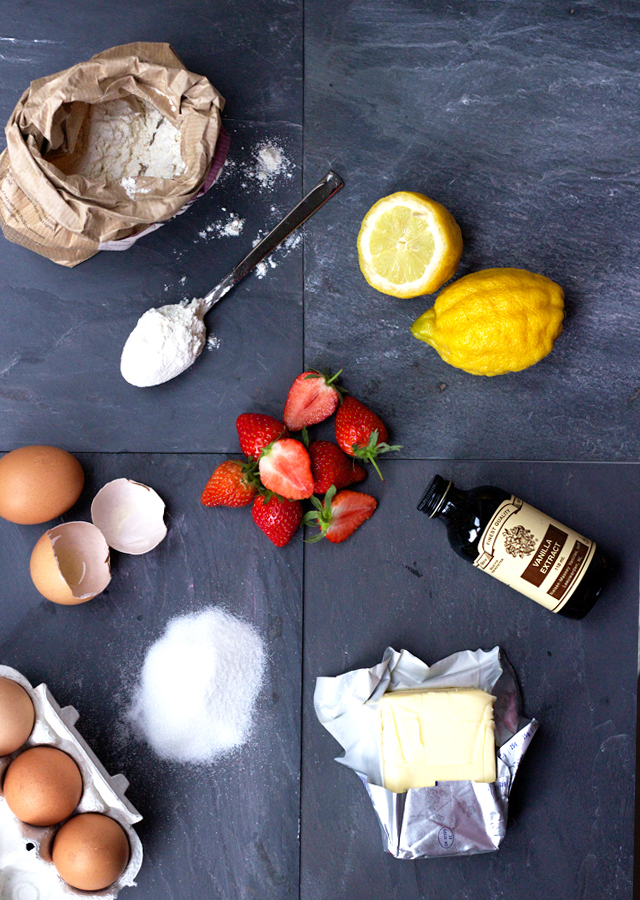 Strawberry-yoghurt-cake-with-lemon-glaze-ingredients