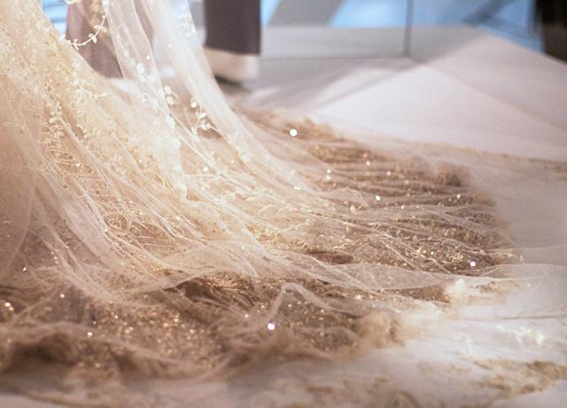 V&A-wedding-dress-exhibition-3