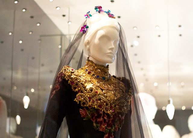 V&A-wedding-dress-exhibition-4