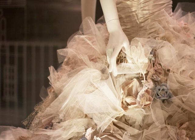 V&A-wedding-dress-exhibition-8