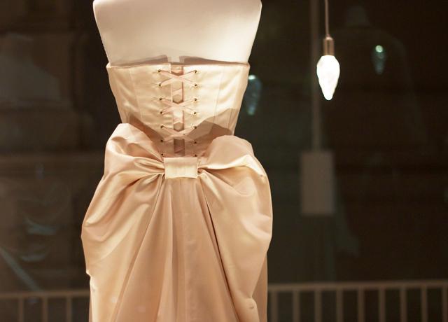 V&A-wedding-dress-exhibition-9