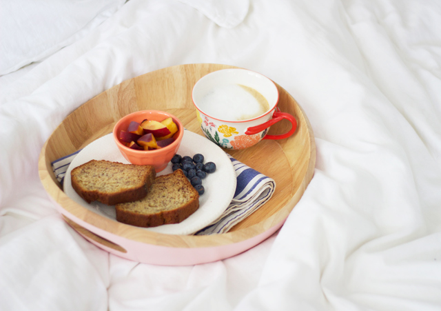 Breakfast-in-bed