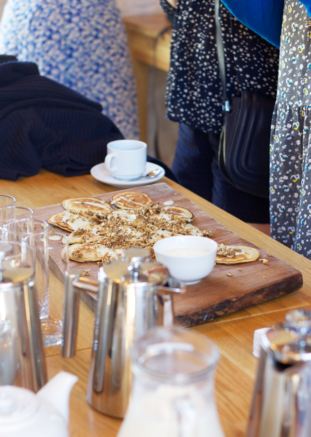 Drop-scones-with-granola-and-lemon-drizzle