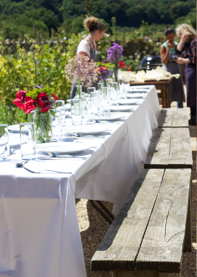 Kitchen-Garden-table-at-River-Cottage