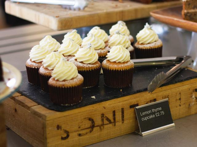 Lemon-thyme-cupcakes