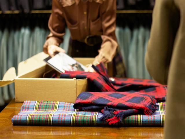 Kinloch-Anderson-traditional-tartan-kilt
