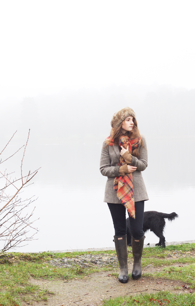 Foggy-lake-Cider-with-Rosie