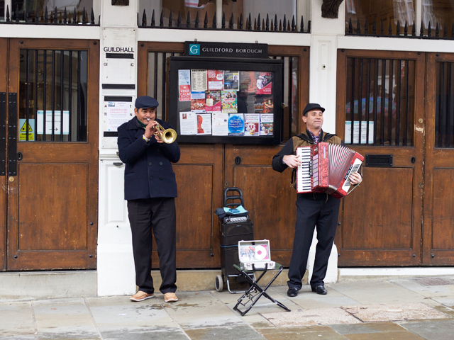Guildford-street-musician