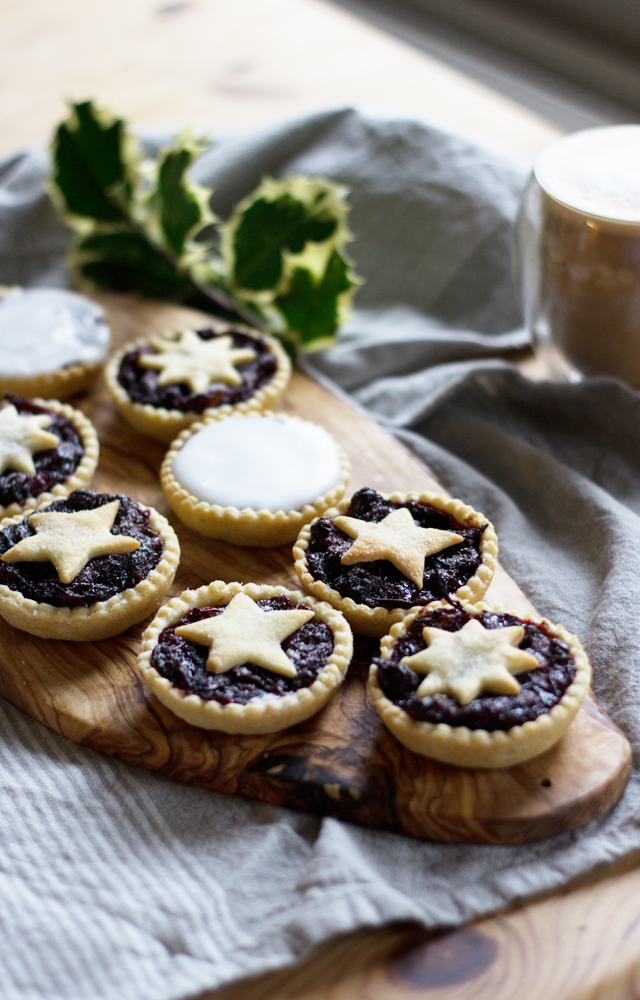 Homemade-cranberry-mince-pies