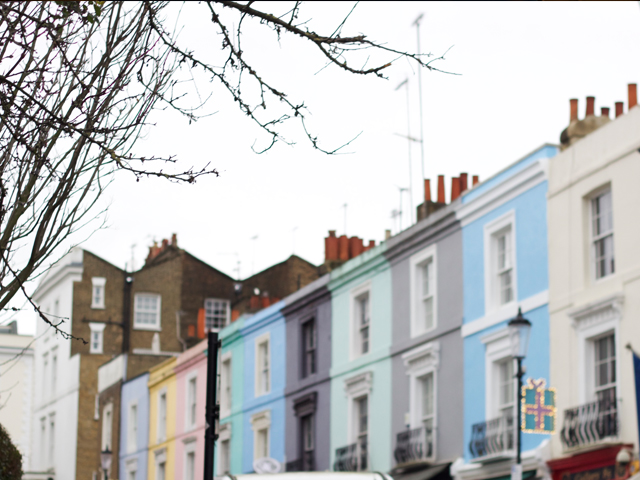 Colourful-Notting-Hill-houses