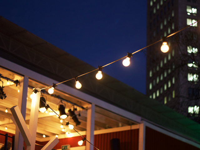 SouthBank-Christmas-Market-string-lights