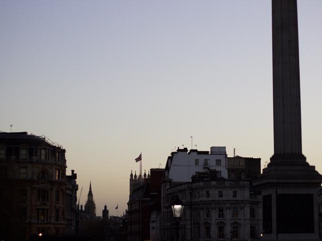 Trafalgar-square-skyline-Rosie-Reynolds