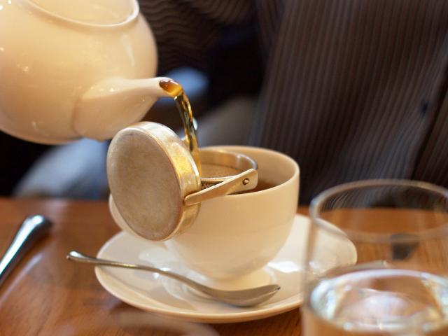 Tea-at-Selfridges-Cider-with-Rosie
