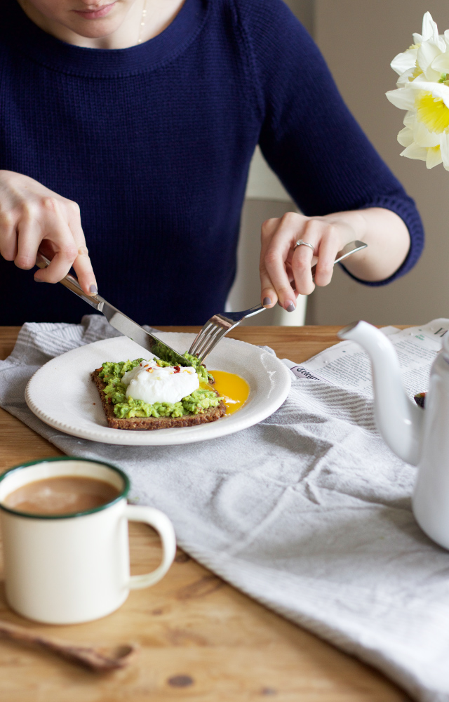 Avocado-toast-poached-eggs-Cider-with-Rosie