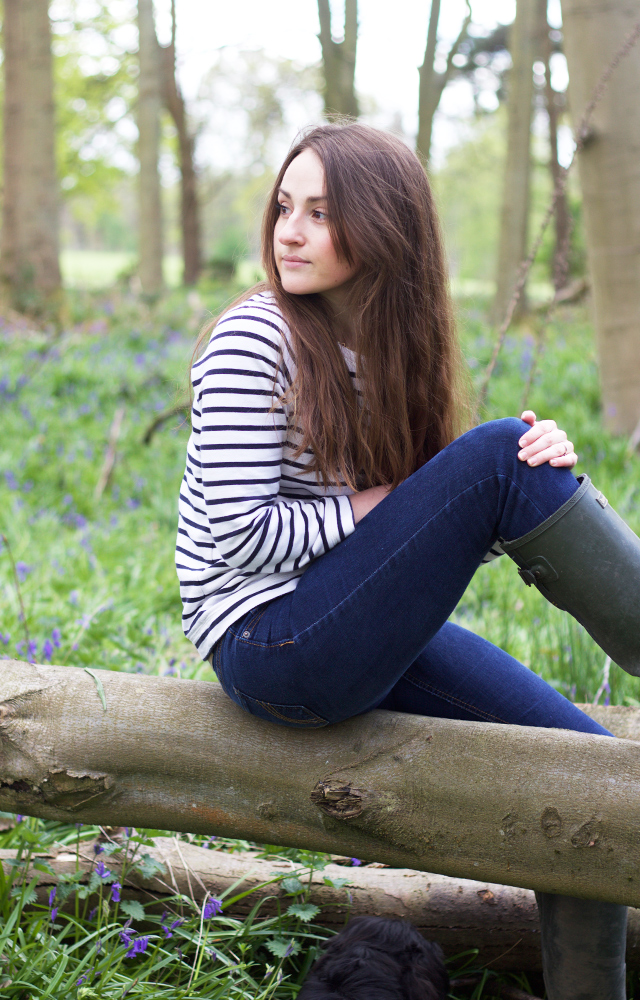 Cider-with-Rosie-bluebell-woods-lifestyle-photography