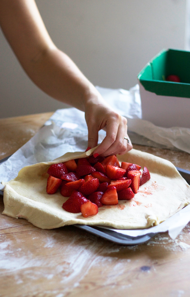 Cider-with-Rosie-strawberry-galette3
