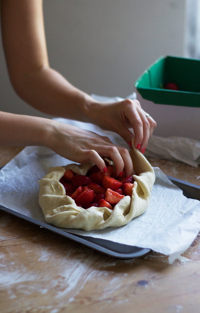 Cider-with-Rosie-strawberry-galette4