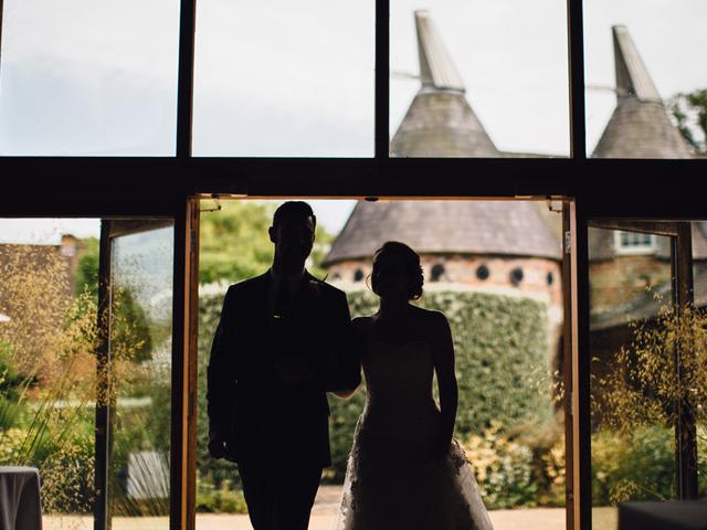 Cider-with-Rosie-English-country-garden-wedding-10
