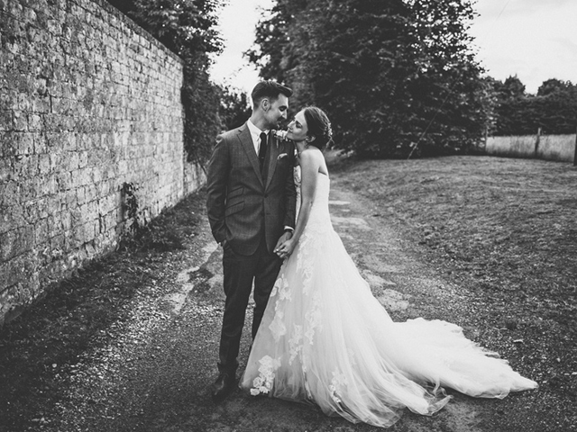 Cider-with-Rosie-English-country-garden-wedding-13