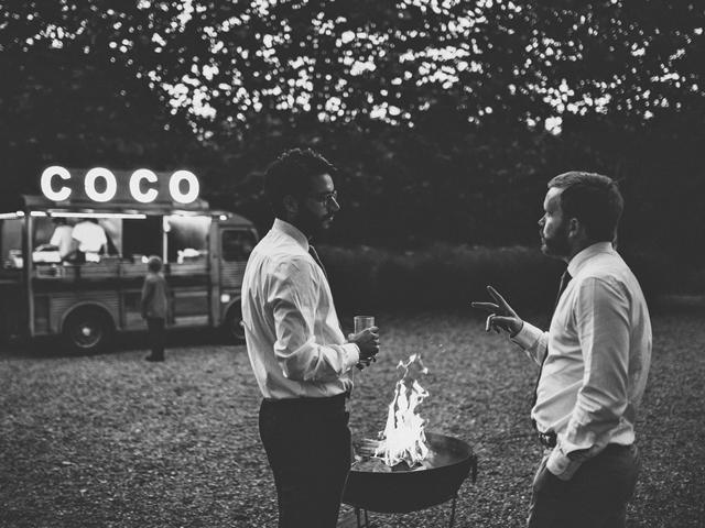 Cider-with-Rosie-English-country-garden-wedding-16