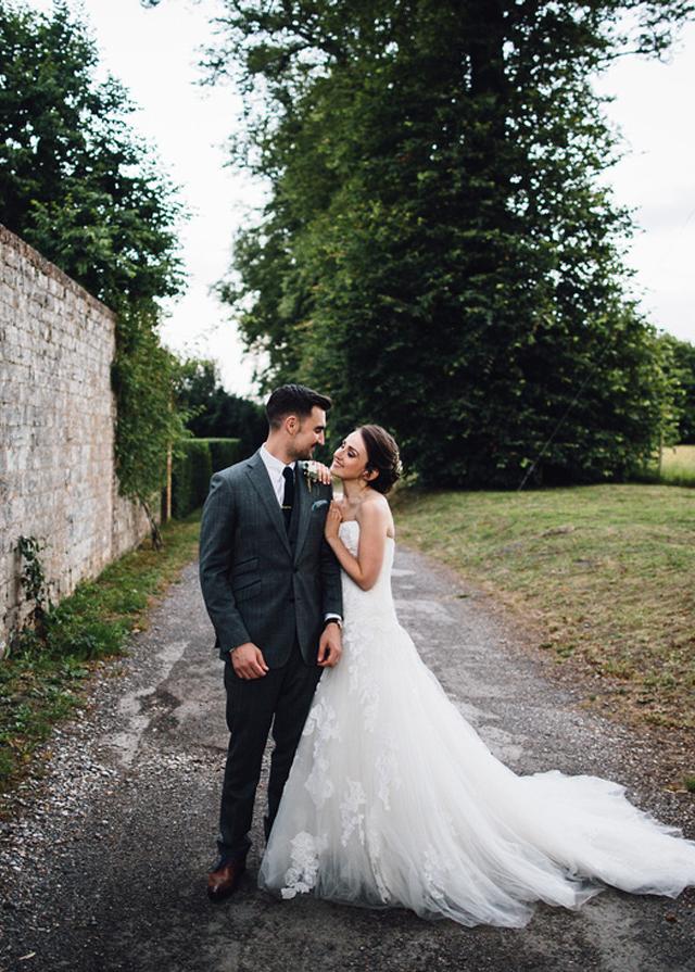 Cider-with-Rosie-English-country-garden-wedding-27