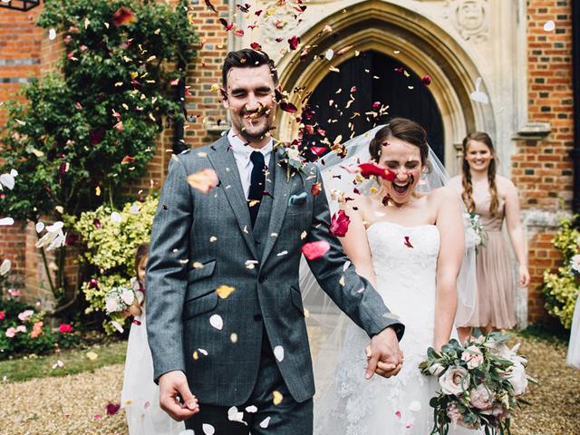 Cider-with-Rosie-wedding-ceremony-Sam-Docker29